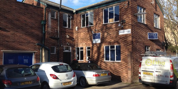 Central Cambridge offices to let