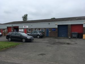 Industrial unit to let in Over