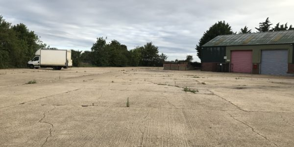 storage land to let in Caxton